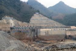 Nam Ou River dam. By WONG Oi Ling Ellena, 2018.