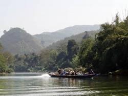 Nam Tha River. By KWOK Kam Man Carmen, 2018.